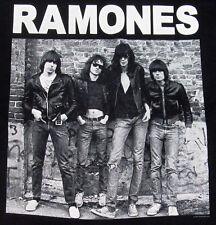 RAMONES T-shirt STANDING Vintage NYC Punk Rock Tee Adult X-Large XL Black New