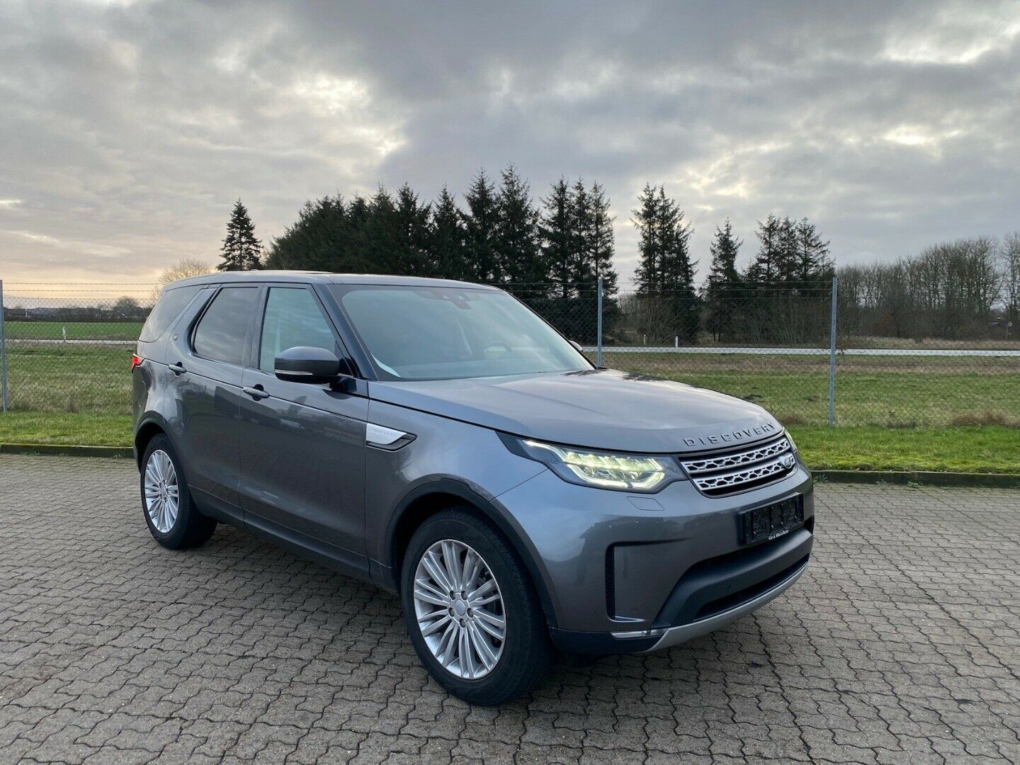 Land Rover Discovery 5 3,0 TD6 HSE aut. 7prs 5d