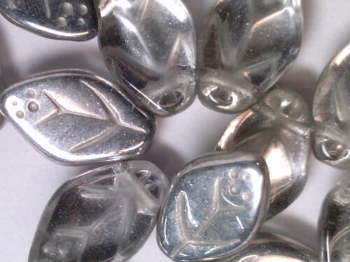 VTG 50 SILVER CRYSTAL GLASS VEINED LEAVES PRESSED BEAD #110618l 12X7mm