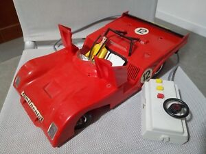 Volant en plastique rouge 1:12 Ferrari 312 Pb Vintage des années 1970
