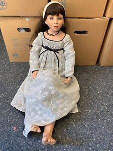 Künstlerpuppe Ruby Doll Collection Porzellan Puppe 93 cm. Top Zustand