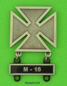 Army-Marksman-Marksmanship-Badge-with-M-16-Qualification-Attachment-Bar
