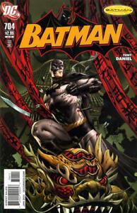 BATMAN-704-VF-Tony-Daniel-DC-Comics-2011