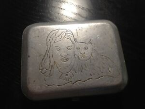 etui-metal-pour-billets-1943-chat-femme-superbe