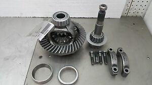 Dodge-Ramcharger-Front-Differential-Carrier-amp-Gears-3-54-Ratio-W150-W100