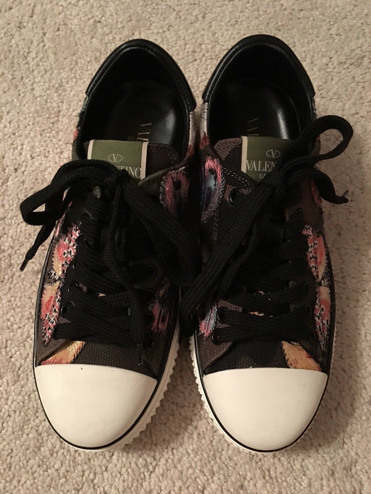 Valentino Garavani Camubutterfly Camo Embroidered Multi Sneakers shoes shoes shoes  35 34a099