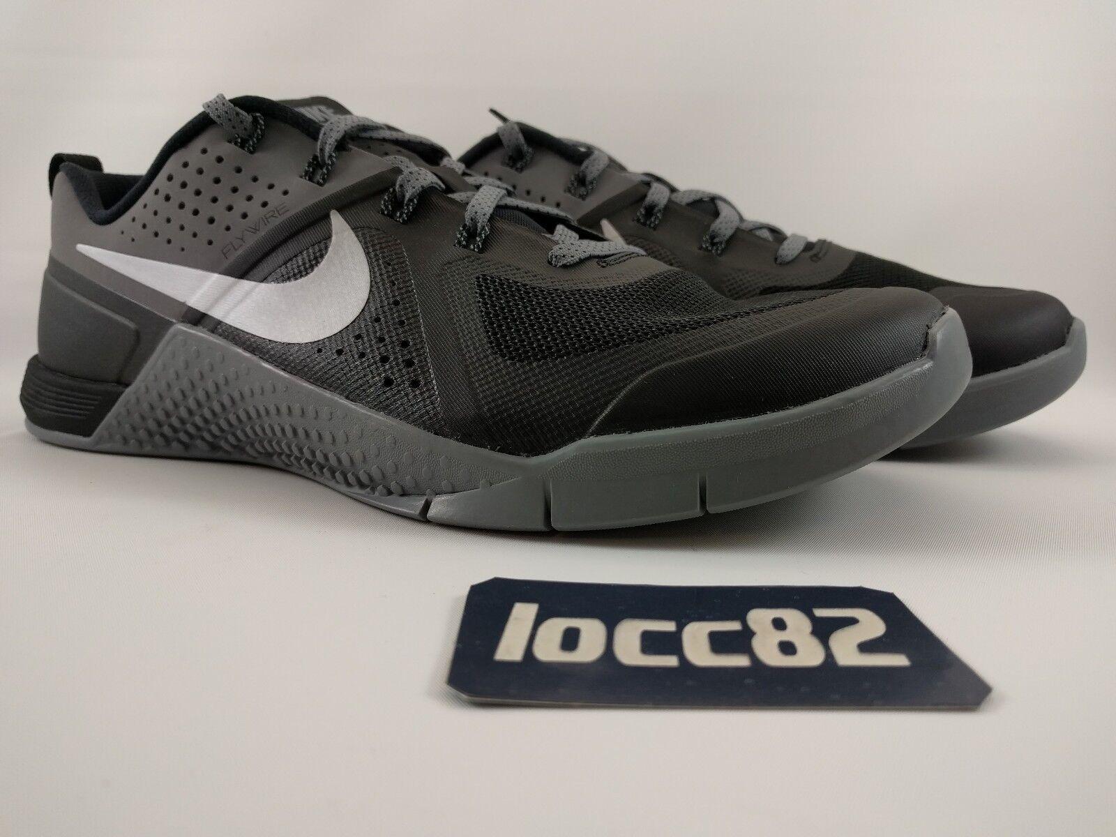 les 1 chaussures nike 704688-002 formation metcon 1 les botte de crossfit noir Gris lev e6a991