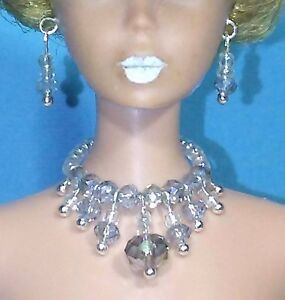 Barbie Dreamz TEAL Graduated Triple Pearl EARRINGS Doll Jewelry