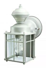 Heath-Zenith-HZ-4132-MW-White-Bayside-Mission-Style-Motion-Activated-Lantern