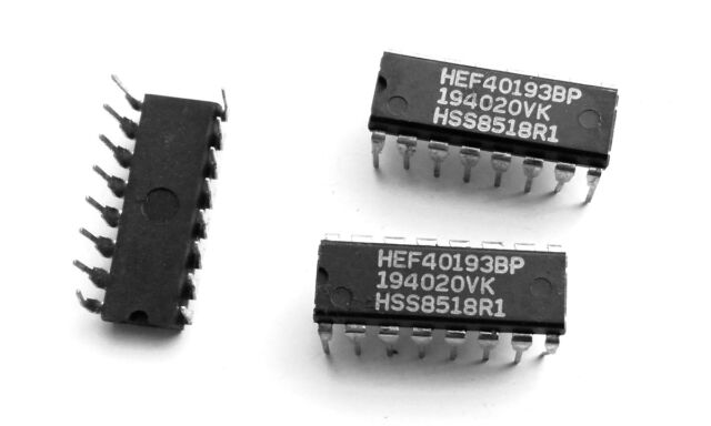 5 x CMOS 40193 Binär-Zähler synchron 4-Bit DIP16