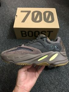 91fbdd76dfc NEW WITH TAG MEN S SIZE 8.5 ADIDAS YEEZY BOOST 700 RUNNING SNEAKERS ...