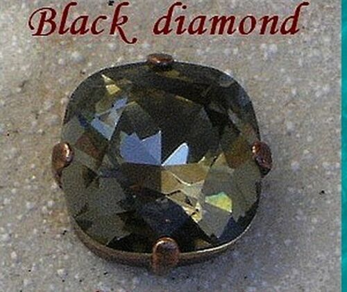 1 cabochon carré 12 mm serti black diamond cristal de swarovski.