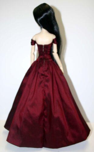 "Splendor Doll Clothes Sewing Pattern for 17/"" Vinyl Evangeline Ghastly"