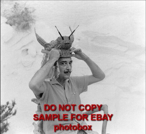 Salvador Dali Exclusive Unpublished PHOTO Ref  806