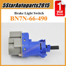 Stop light lamp brake pedal switch B001 from Mazda MX5 mk1 Eunos MX-5 /& Bongo