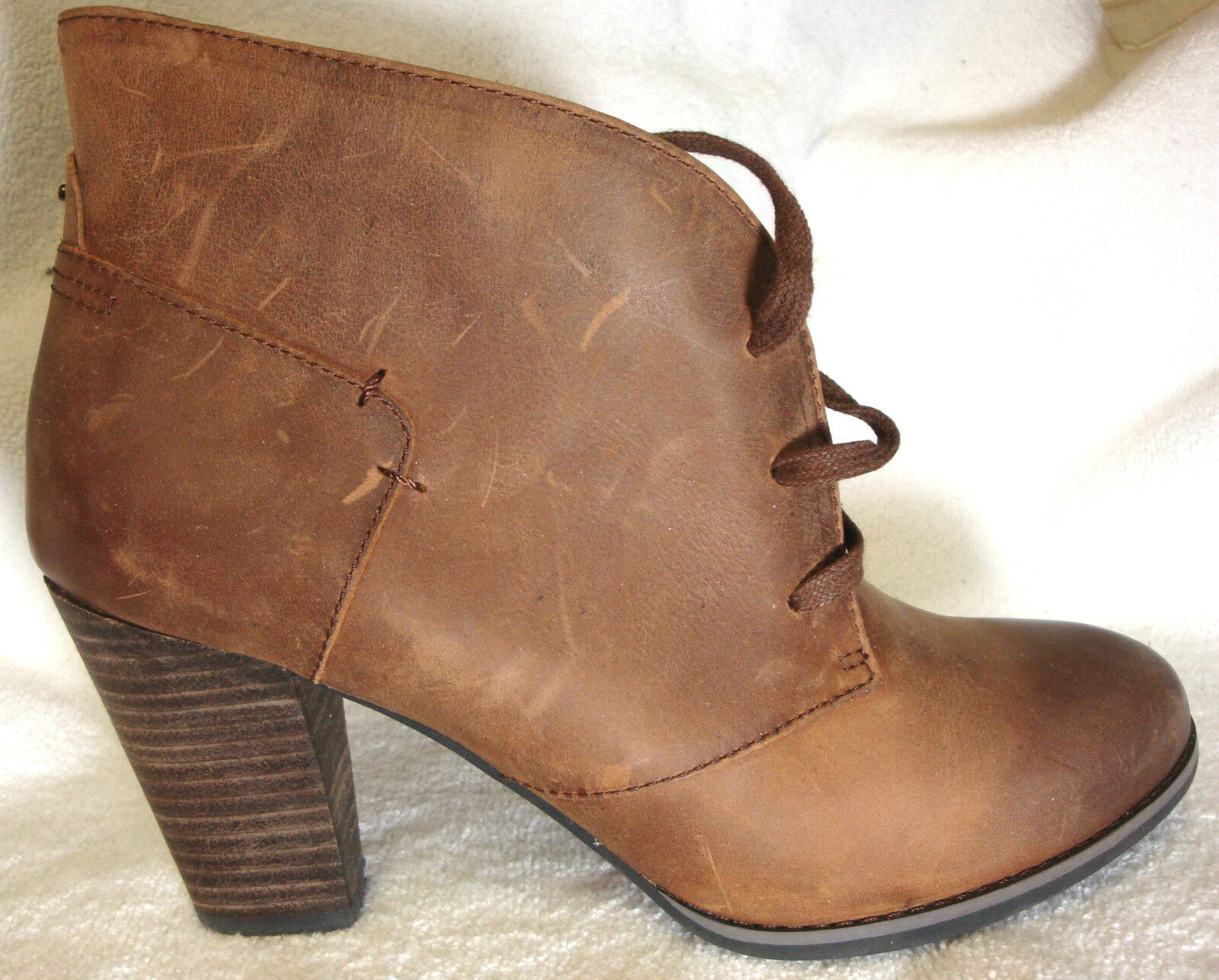 Indigo By Clarks solide en cuir Marron Cheville Lacets Bottes Chaussons Talons 9 m NEUF