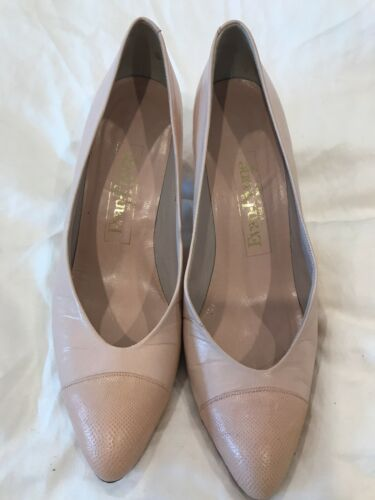 Womens Shoes Size 8.5 Narrow Pale Pink Evan Picone