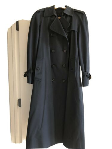 womens vintage burberry trench coat