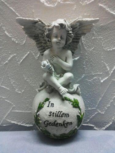 Nr Engel auf Kugel mit Inschrift In stillem Gedenken aus Steinharz Art 327