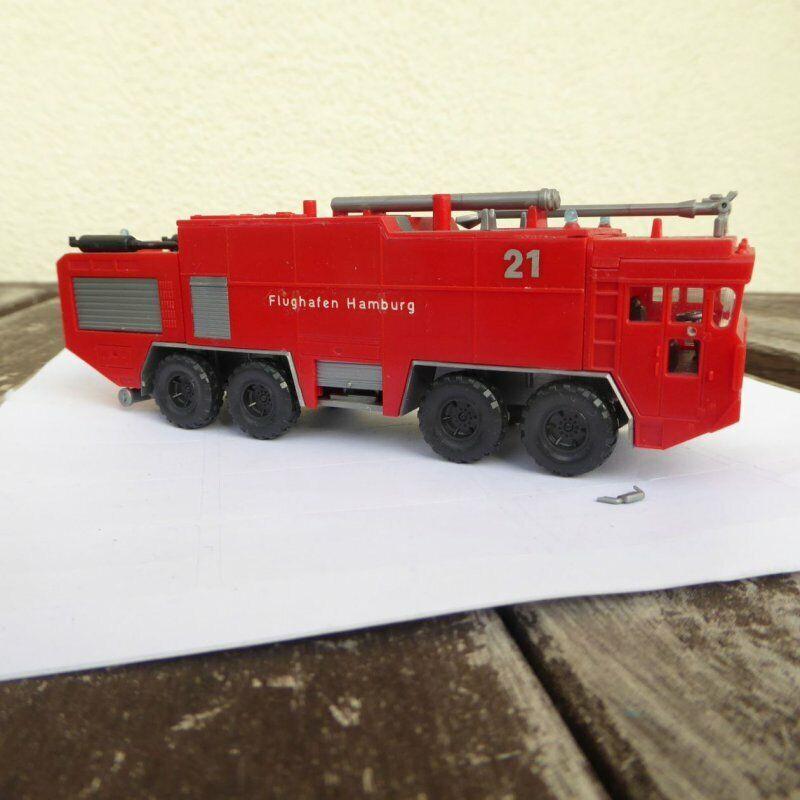 Preiser 2631 h0 fire engine, Faun airport Hamburg-löschfahrzeug magirus deutz