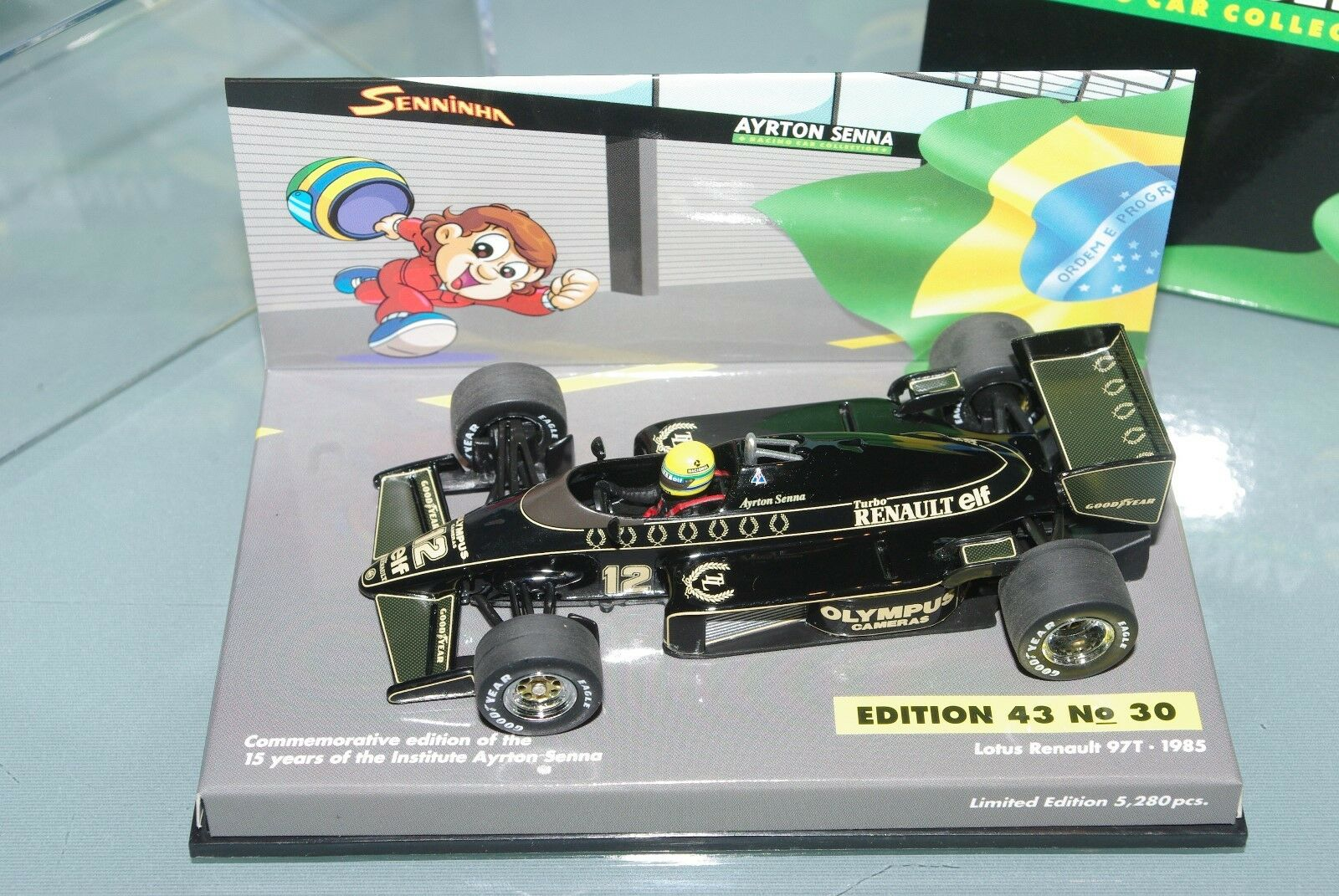 Minichamps F1 1 43 Lotus Renault  97 T 1985 SENNINHA Edition SENNA COLLECTION  30  liquidation de la boutique
