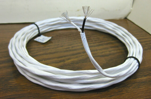 25 feet 22 AWG Silver Plated PTFE Wire Twisted Pair 19 Strands White Black SPC