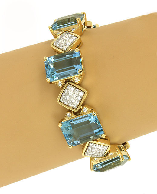 Estate 82.30ct Aquamarine & Diamonds 18k Yellow Gold Fancy Bracelet