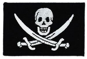 Patch-ecusson-brode-Drapeau-PIRATE-JACK-RACKHAM-TETE-DE-MORT-Thermocollant