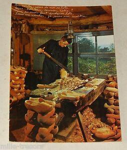 Carte-postale-Le-MORVAN-Folklorique-avec-les-GALVACHERS-du-MORVAN-Sabotier