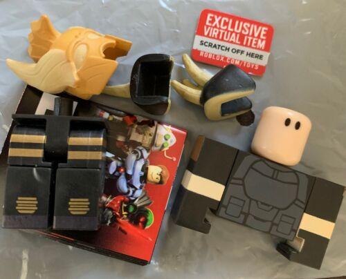 Booga Booga Guy ROBLOX Mini Figure w// Virtual Game Code Series 7 NEW