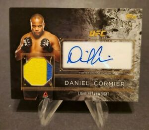 2016 Topps UFC Top of the Class Autographed Relics Silver #TCARDC Daniel Cormier