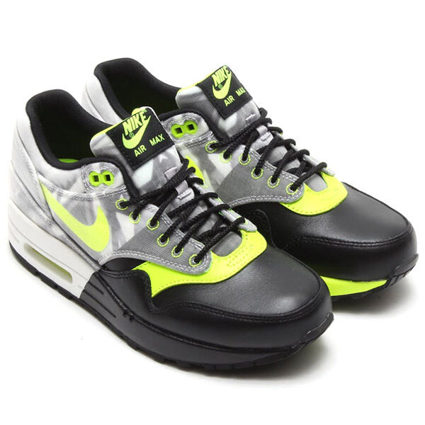 Nike Air Max 1 Women's Foco Bonito FV QS Black Volt White