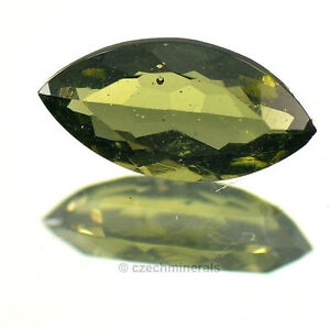 0,95cts marquise normal cut 5x10mm moldavite faceted cutted gem BRUS660