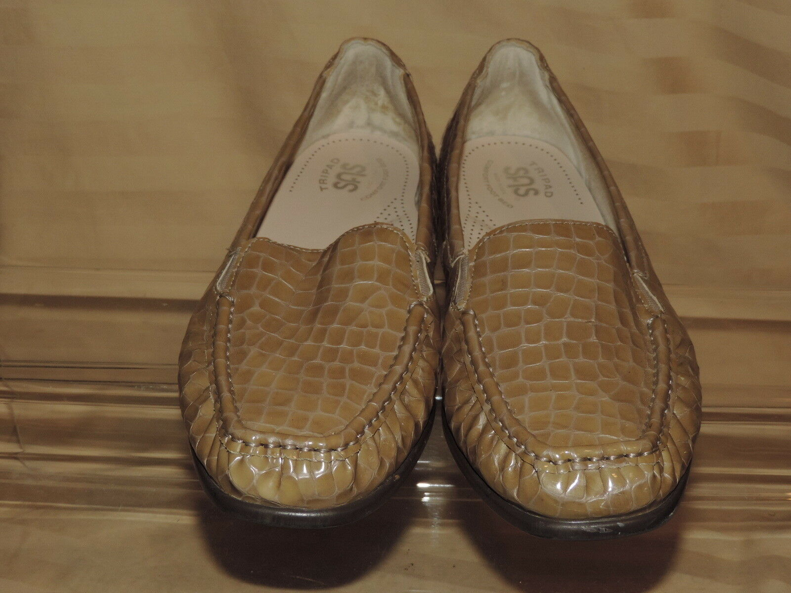 SAS 10.5 M golden Beige Beige Beige Patent Leather Croc Slip on Flat Loafers Elastic EC 7aa217