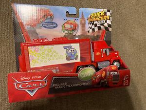 Disney-Cars-Deluxe-Mack-Transporter-Quick-Changer