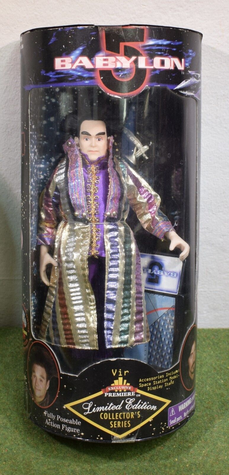 EXCLUSIVE PREMIERE DIAMOND COMIC BABYLON 5 VIR ACTION FIGURE