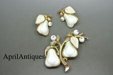 Vintage Trifari white glass Pear Leaf gold-tone brooch earrings set