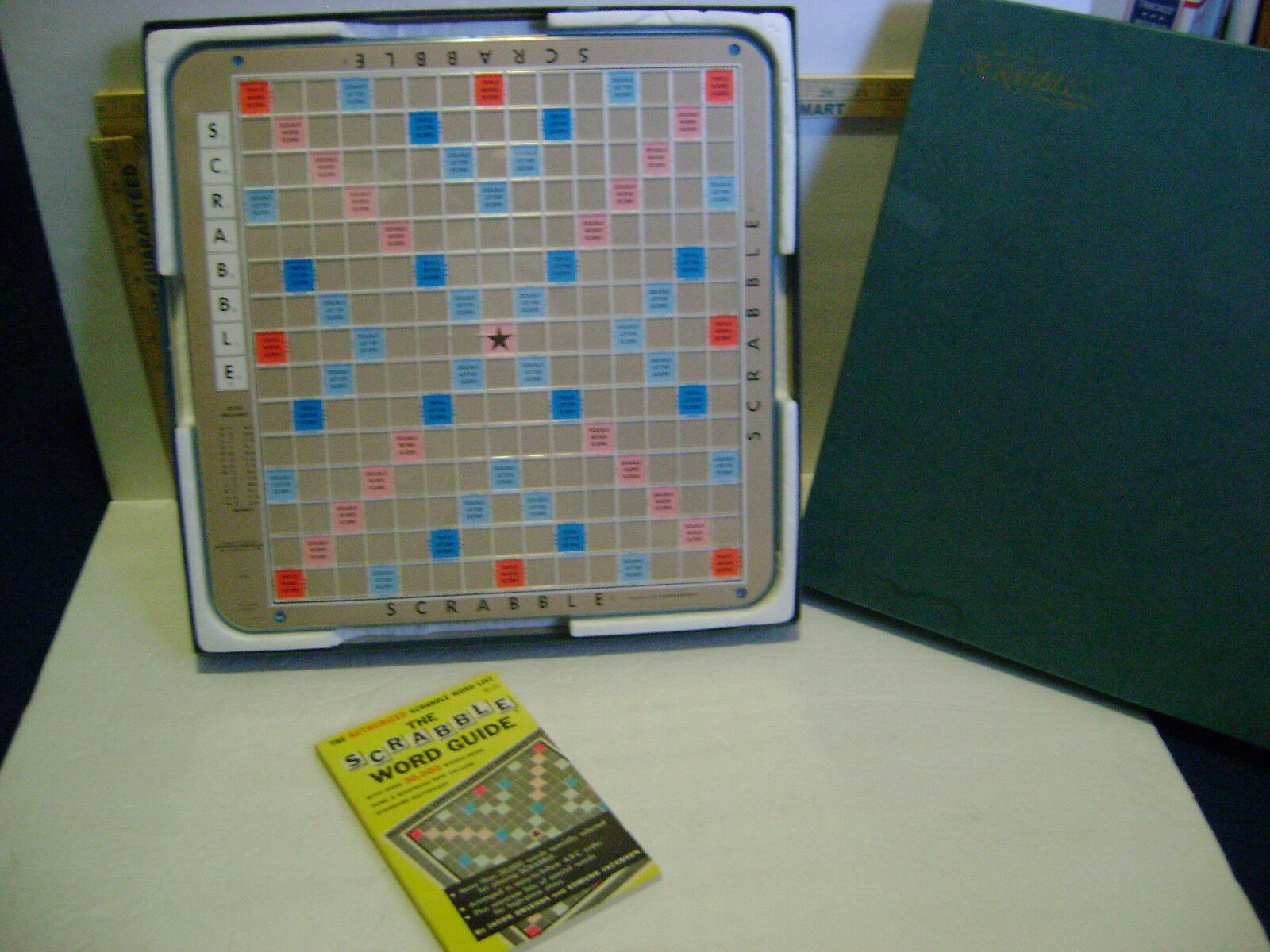 1976 SCRABBLE redATING TURNTABLE BOARD GAME by Selchow & Righter - COMPLETE