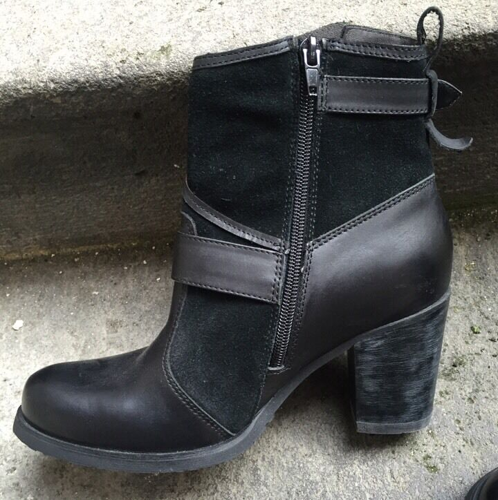DESTOCKAGE : BOTTINES BOOTS MARQUE MAM'ZELLE CUIR NOIR @ T 40 @ NEUF  @ N351
