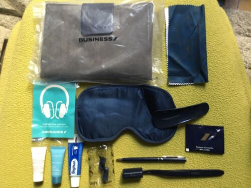 AIR FRANCE BUSINESS CLASS Amenity Kit Double compartment Grey Suede