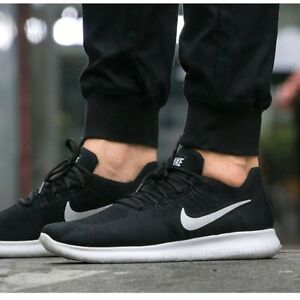 Taille Nike 001NoirBlanc Rn Flyknit 2017 Hommes 42880843 Free Eur 7 5 0Pkw8nO