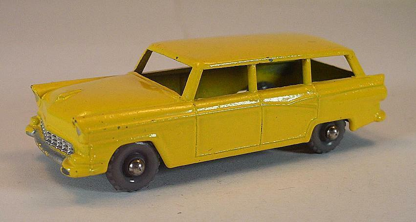 MATCHBOX REGULAR WHEELS Nº 31 A FORD Stationwagon jaune GPW LESNEY  166