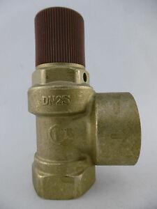 Caleffi-530630-Membran-Sicherheitsventil-3-bar-1-034-x-1-1-4-034-Neu-OVP