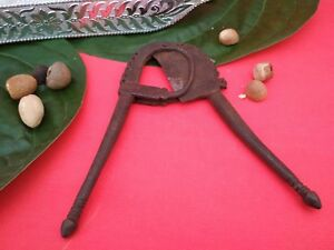 Old-Nut-Betel-Cutter-Antique-Iron-Sarota-Vintage-Old-Rare-Iron-Handcrafted-S9