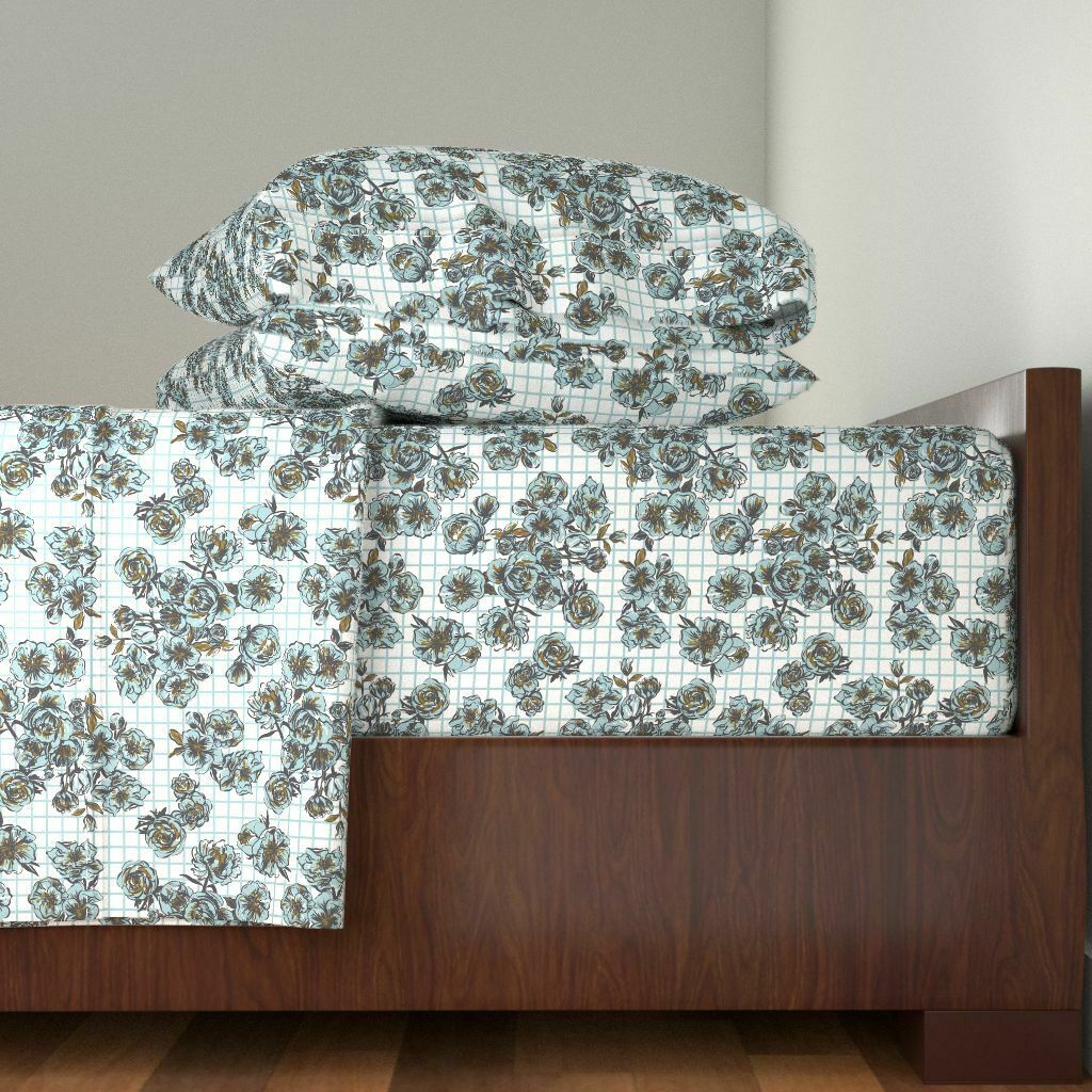 Kids Pattern Little Girl Gingham Floral 100% Cotton Sateen Sheet Set by Roostery