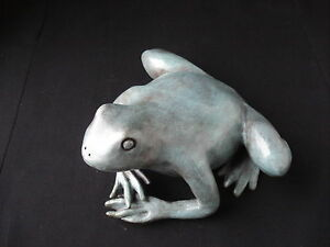 Lost-Wax-Cast-Bronze-Sculpture-034-FROG-034-Amphibian-Decorative-Fine-Art