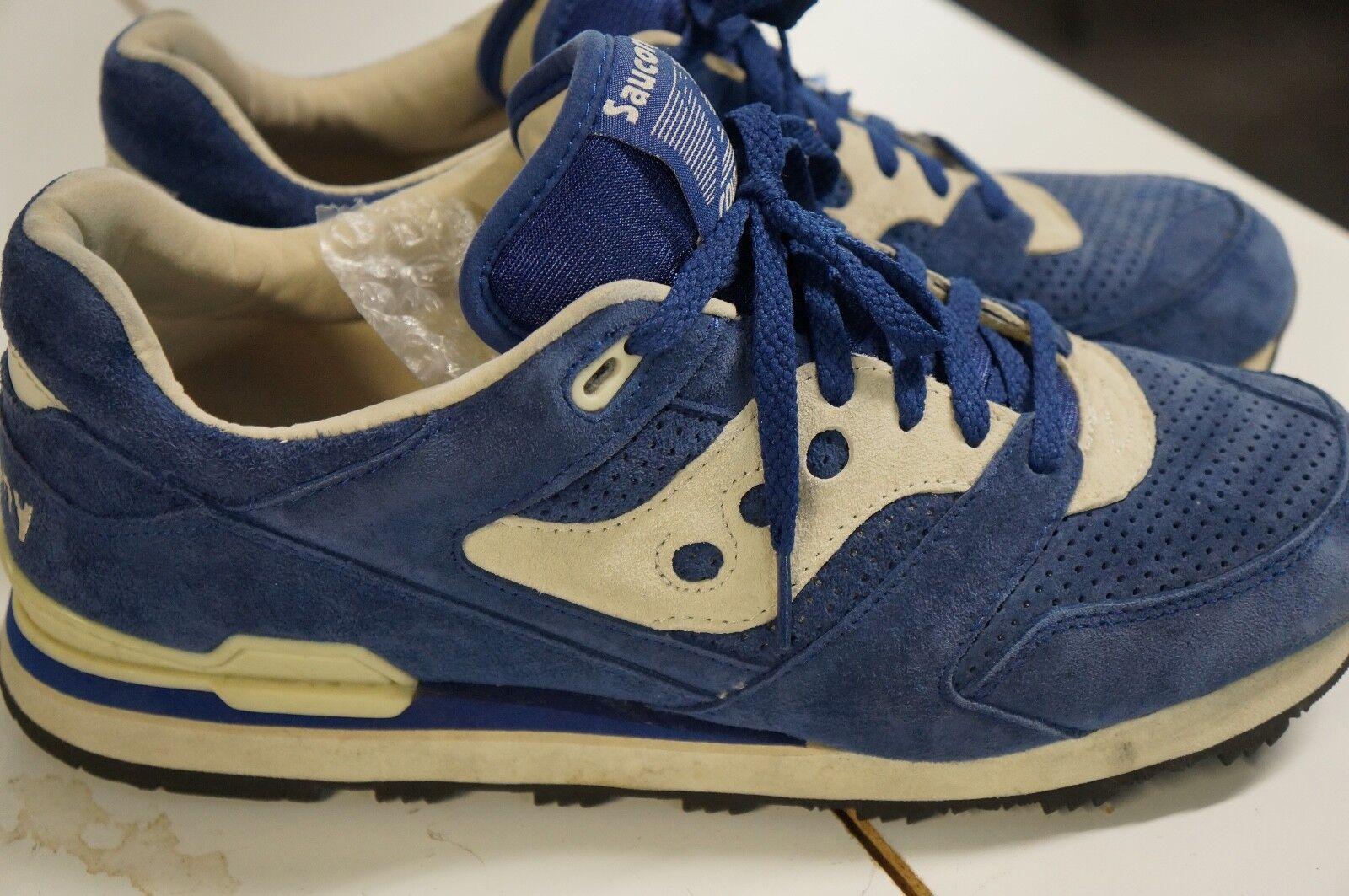 Saucony Originals Men's Courageous Sneakers shoes Suede Navy Gum color Size 12
