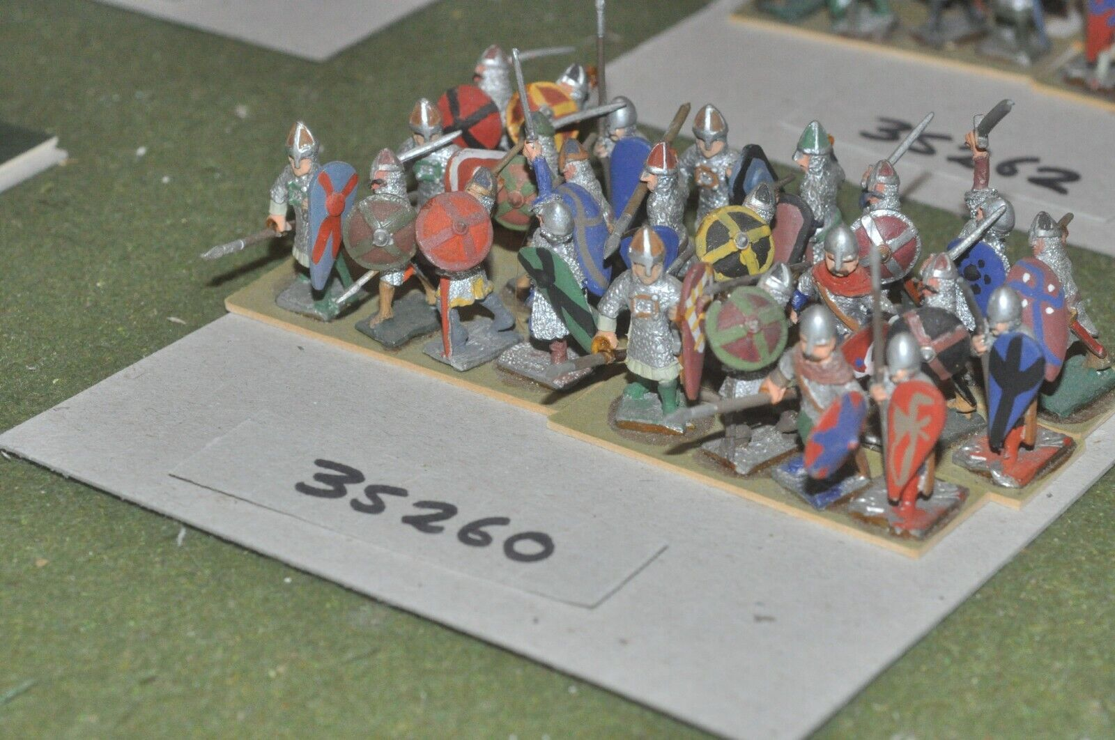 25mm dark ages   norman - spearmen 24 figures - inf (35260)