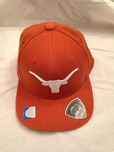 759437a570d Texas Longhorns NEW Slam One-Fit Bevo Hat . NCAA College Stretch Fit ...