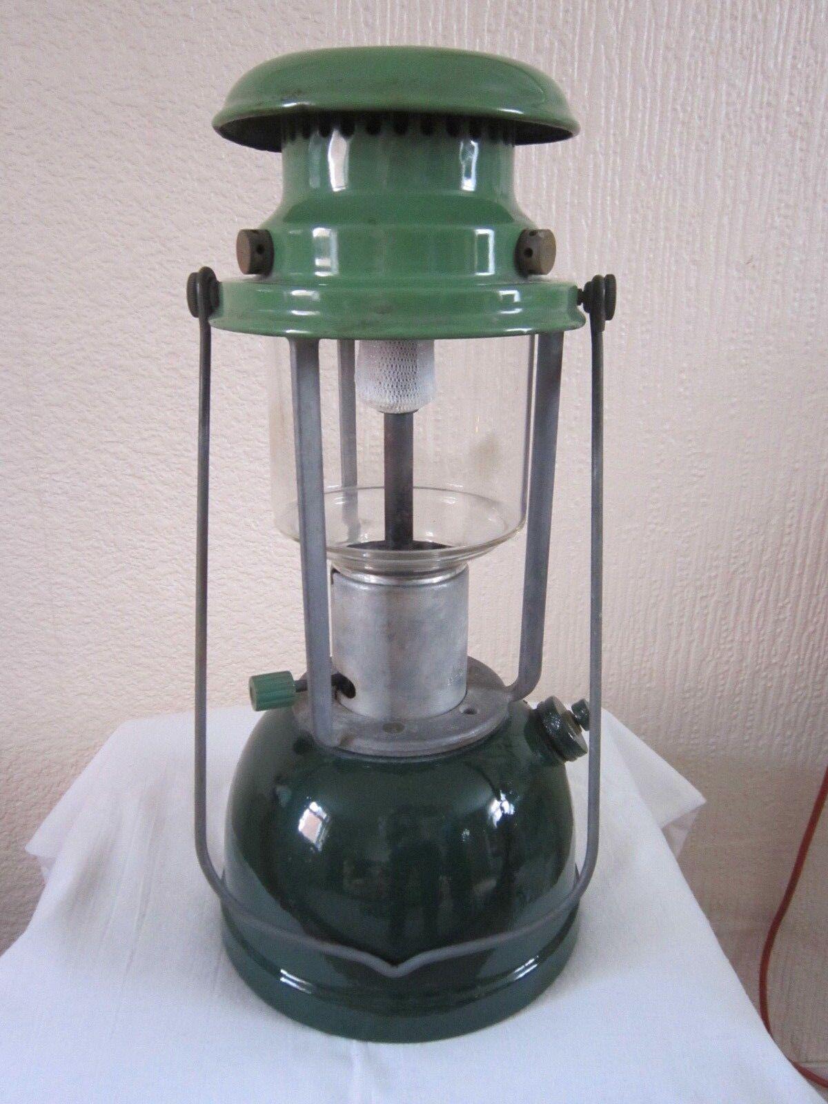 VAPALUX BIALADDIN MODEL 310 PARAFFIN OIL LAMP THE RARE LANTERN.